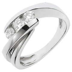 Trilogy Ring Precious Nest - Ritournelle - white gold - 0.54 carat - 3 diamonds - 18 carats