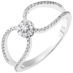 Valentine ring - 9K white gold and diamonds