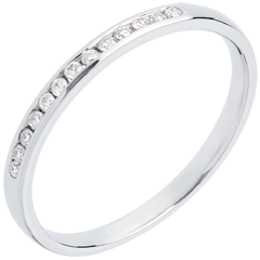 Wedding ring white gold paved-channel setting - 13 diamonds