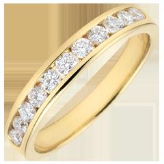 Weddingring yellow gold semi paved - rail setting - 0.4 carat - 11 diamonds
