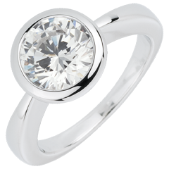 White Gold Doll Solitaire