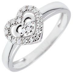 White Gold Paris Heart Ring