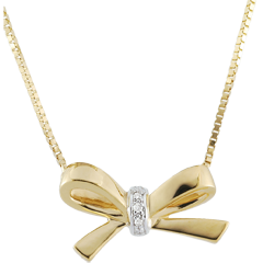 Yellow Gold Carlotta Bow Necklace