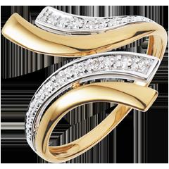 Yellow Gold Nefertiti Ring - 5 Diamonds