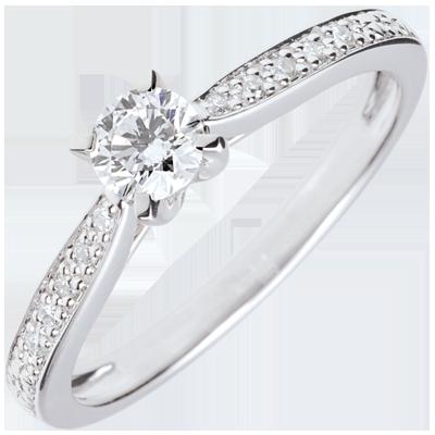 bague solitaire diamant 4 griffes