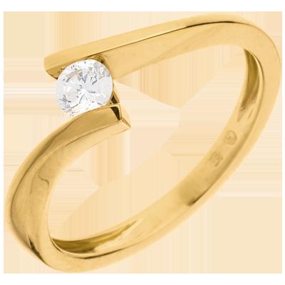 bague de fiancaille femme or jaune et diamant